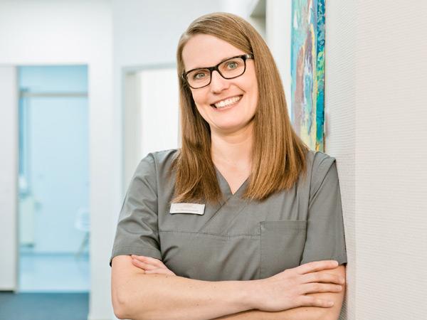Dr. Lena Kuhlmann