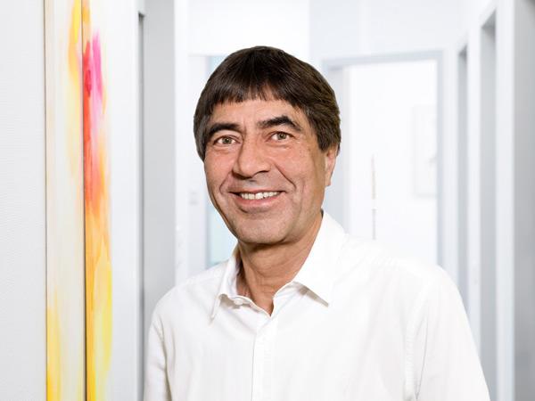 Dr. W. Wahedi